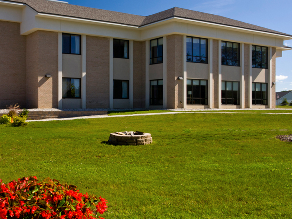Lapeer-county medical care facility